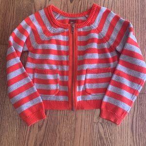 Tea sweater sz 5 / front pockets / 100% cotton